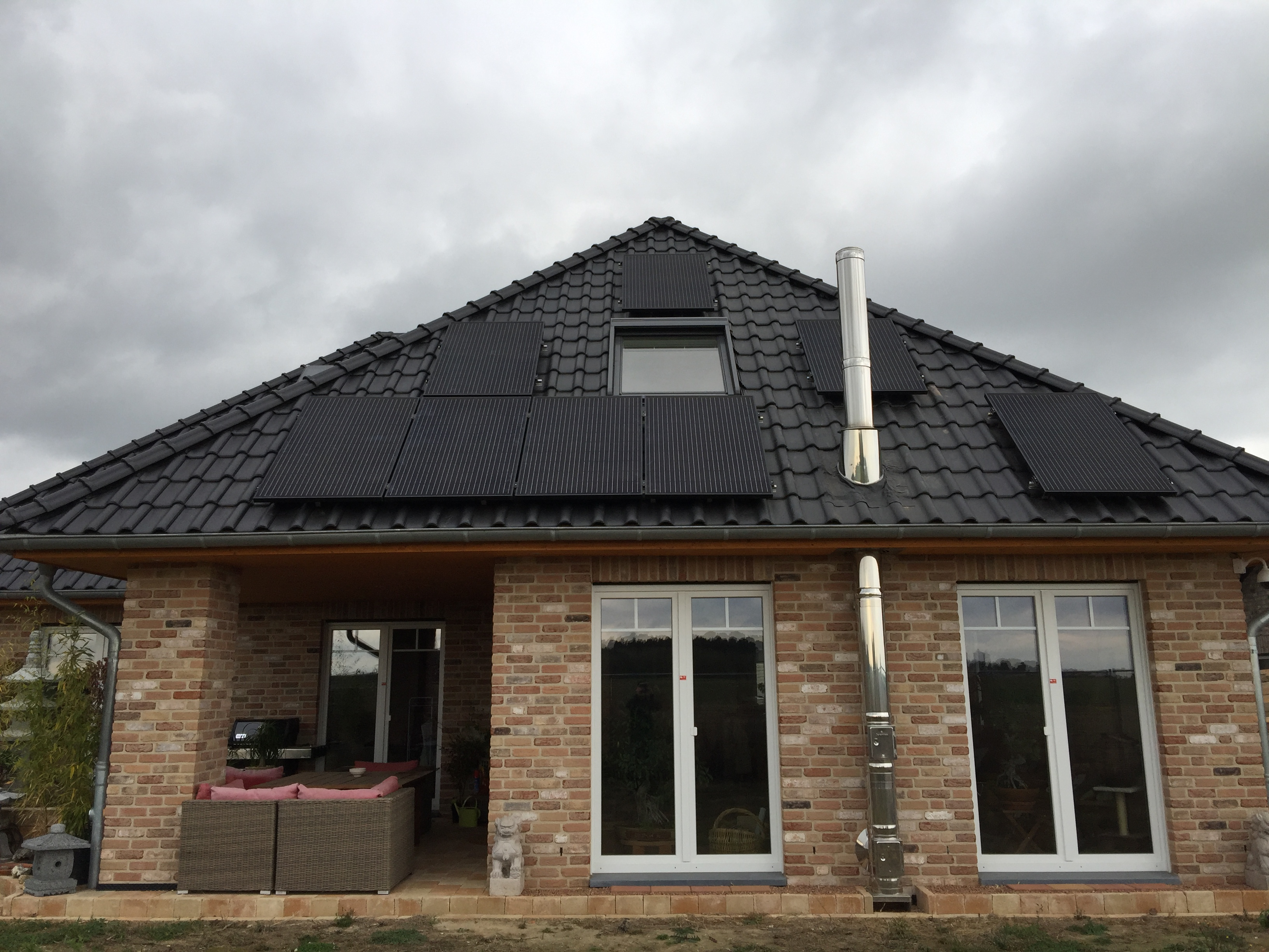 Dachanlage Full Black Erkelenz